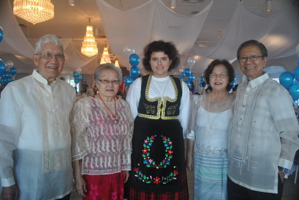 "natives of the Philippians, as well as Tea Bulut, a native of Belgrade, Serbia. Hermates describes the national costume of the Philippians. ""To me, it is called Barong Tagalong. We wear it during special occasions; during weddings, former gatherings, or attending Malacanan palace,"" Hermates said."