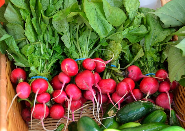 pile of red radishes via Pixabay