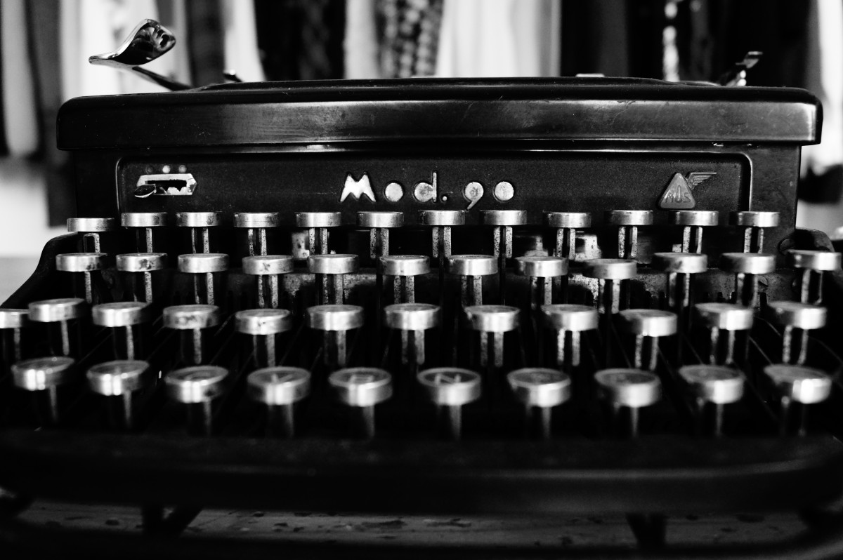 Old school type writer